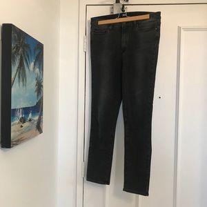 👖Paige Hoxton Crop Rollup Jeans Black Denim👖